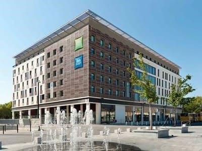 Construction Ibis Styles et Ibis Budget Nîmes Centre Gare